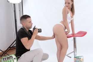 porno se duce pe la colegul lu
